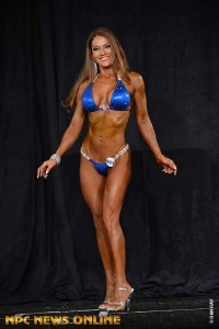 Mary Dent earned her IFBB Pro Card at Masters Nationals in July by taking a 1st place finish in Masters 45+ Bikini B Class.  Awesome!