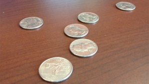 Image-quarters-on-a-table