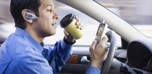 cell-phone-driving-660-806x393